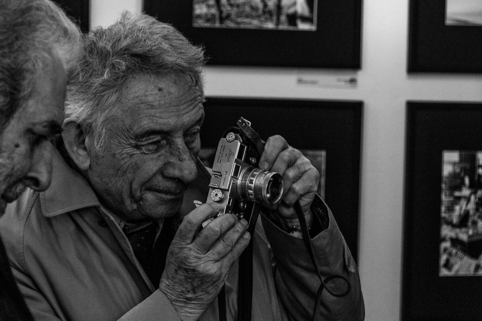 15-12-24 è morto mario dondero fotografato da Gabriele Dominutti