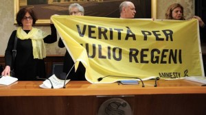 Claudia e Paolo Regeni, durante la conferenza stampa