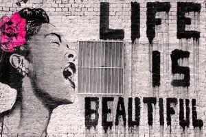 BANSKY LIFE IS BEAUTIFUL