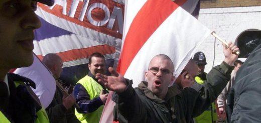 polizia-polacca-affianca-quella-inglese-per-proteggere-i-suoi-concittadini-dalla-xenofobia-britannica