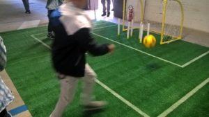 calcio-al-pallone-con-bimbo