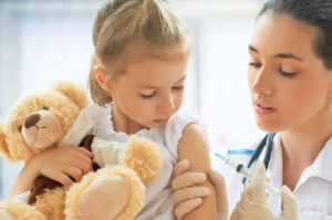 Vaccinazione. Emilia Romagna prima legge d'obbligatorietà