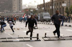 Egitto gente che scappa