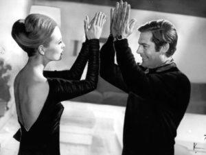 """Faye Dunaway e Marcello Mastroianni in una scena del film di Vittorio De Sica """"Amanti"""", del 1968 (AP Photo/File)"""