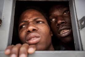 Profughi detenuti.