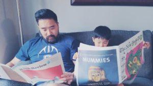 Padre e figlio ciascuno con il proprio NYT