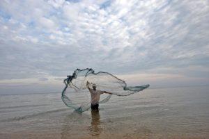 Conferenza Onu Oceani - conclusione - pescatore di Timor Lest foto Onu - Martine Perret