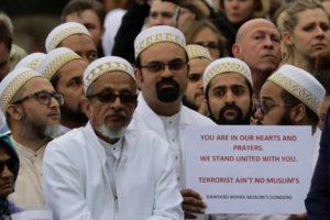 Londra musulmani dopo l'attacco del London Bridge