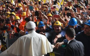 Papa Francesco all'Ilva di Genova