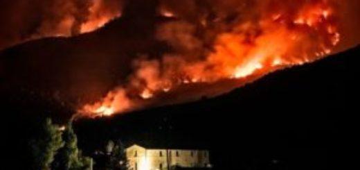 Incendio Monte Morrone notte