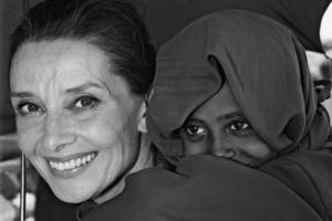 Audrey Hepburn missione umanitaria