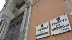 Tribunale Minori - Caso Napoli