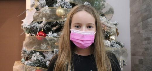 Una bambina di 10 anni. Il simbolo della ricostruzione